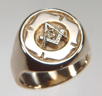 Custom 14kt gold Masonic Signet ring with Maltese Cross